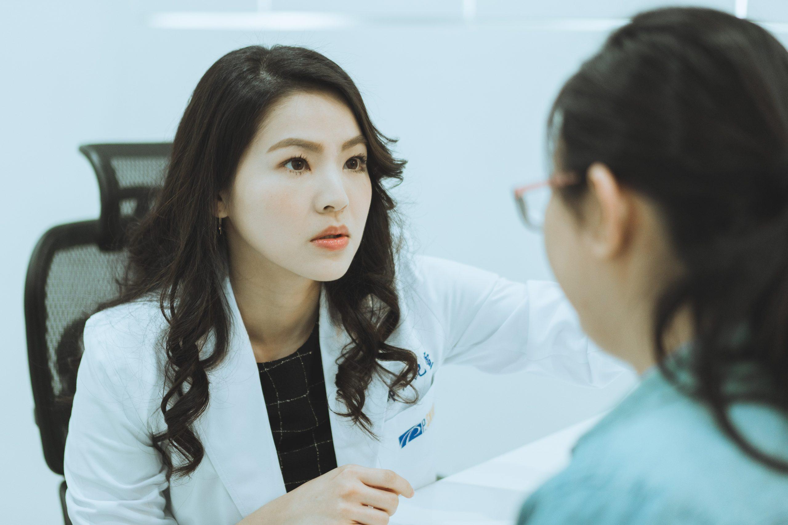 江紀萱醫生看診